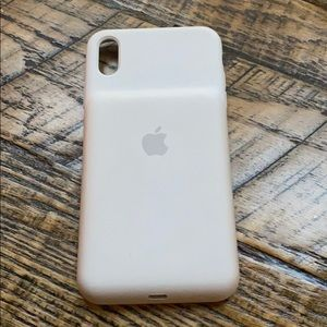 Accessories - Apple charging case